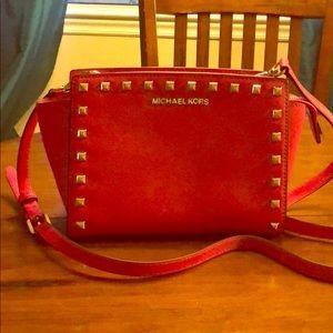Michael Kors Bags - Michael Kors cross body purse